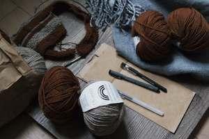 Tricoter pour se vêtir à faible coût